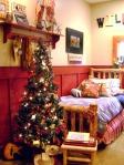 RMS_mysweetsavannah-western-christmas-bedroom_s3x4_lg