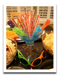 candy-fun-bright-cheap-centerpiece