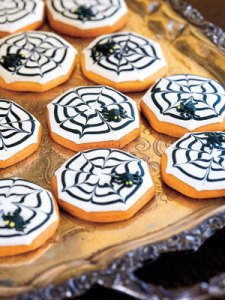 spiderweb-spider-cookies-halloween-1007-mdn